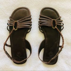 NWOT Ocean Minded dark brown sandals